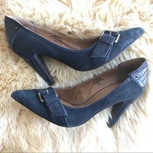 NaNa blue suede/leather pointy toe heels